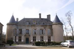 Glaire chateau de villette Château Fort, Ardennes, France, Facade, Mansions, House Styles, Travel, Castles, Iron Balcony