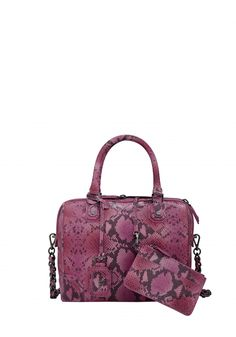 Turn any day into a luxe adventure with our Oliva Sundown Snake Bag in Hot Pink!!!