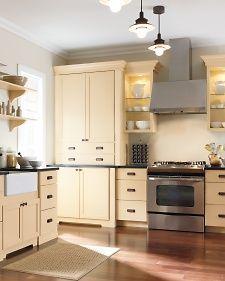 Cabinets Like Martha's