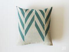 Linen pillowcase by Lovely Home Idea.