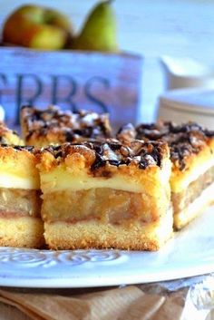 Kuchenne Zapiski M.: Krucha szarlotka z budyniem. Dessert Bars, Dessert Recipes, Desserts, Polish Recipes, Polish Food, Christmas Appetizers, French Toast, Cheesecake, Food And Drink