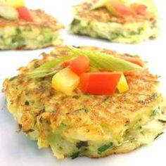 Low Carb Zucchini Pancakes  Att: Team Serenity Omit Parmesan cheese https://www.facebook.com/groups/TheSerenityChallenge/