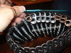 pop tab bag                                                                          http://poptabpurse.blogspot.com/2009/04/beginning-of-purse.html                                                                          http://nannybird.blogspot.com/2008/01/flat-bottom-candy-wrapper-purse.html                                                                                         http://candywrappercrafts.blogspot.com/                                                                        ...