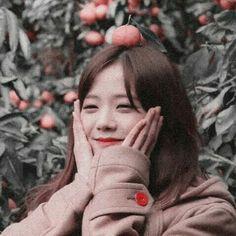 jisoo aesthetic BLACKPNK in your area - aesthetic Kpop Aesthetic, Pink Aesthetic, South Korean Girls, Korean Girl Groups, Black Pink ジス, Blackpink Photos, Pictures, Cosmic Girl, Indie