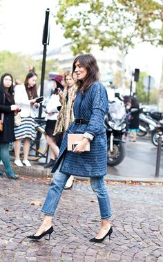 Dressing up jeans a la Style Icon: Emmanuelle Alt Style Désinvolte Chic, Street Style Chic, Look Chic, Mode Style, Style Me, Style Icons, Fashion Mode, Denim Fashion, Love Fashion