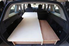 road trip comment am nager sa voiture break pour dormir dedans camperizzazione disco pinterest. Black Bedroom Furniture Sets. Home Design Ideas