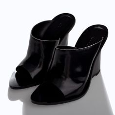 ZARA - NEW THIS WEEK - LEATHER WEDGE SHOE