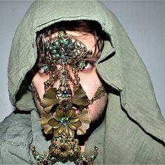 Medusa headdress | Etsy Medusa Headpiece, Headdress, Cardi B Music, Weird Fashion, Hand Jewelry, Face Framing, Mint Color, Baroque, Sculpting