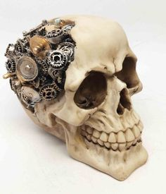 awesome STEAMPUNK PROTRUDING GEARWORK ROBOTIC HUMAN SKULL STATUE FIGURINE