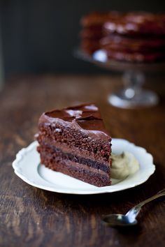 {Swedish Chocolate Dream Cake} I will be dreaming of this cake! :)