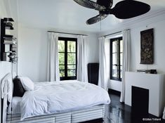 Wonderful Idee Deco Chambre Noir Blanc Gris that you must know, You're in good company if you're looking for Idee Deco Chambre Noir Blanc Gris Awesome Bedrooms, Good Company, Ikea, Beige, Black And White, Living Room, Mirror, House, Inspiration