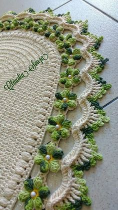 Free Crocodile Stitch Flower Pattern