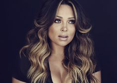 R&B Singer Tamia - love her hair!