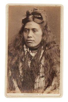 PORTRAIT OF A MAORI WOMEN