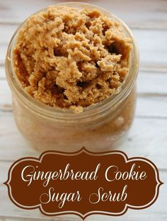 Gingerbread Cookie Sugar Scrub - Like all scrubs, this gingerbread cookie inspired scrub will help exfoliate and help moisturize your skin. I don't know about you but this is just what my skin needs during the winter time! Along with the exfoliating power Body Scrub Recipe, Diy Body Scrub, Sugar Scrub Recipe, Diy Scrub, Bath Scrub, Bath Soak, Neutrogena, Gingerbread Cookies, Gingerbread Men