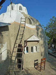 Konbit Shelter Project, Sustainable Superadobe Buildings for Rural Haiti
