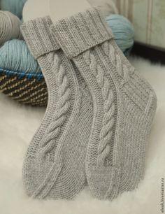 Fair Isle Knitting Patterns, Knitting Stitches, Knitting Designs, Knitting Socks, Baby Knitting, Knitted Hats, Granny Square Sweater, Crochet Bedspread Pattern, Knit Cardigan Pattern
