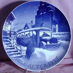perfect porceleyne fles handpainted dutch ww2 delft plate 1939 housewife delft pinterest delft housewife and dutch - Bing And Grondahl Christmas Plates