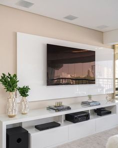 Painel TV sala - Home Theater Modern Tv Room, Modern Tv Wall Units, Home Living Room, Living Room Decor, Living Room Tv Unit Designs, Tv Wall Design, Home Tv, Minimalist Living, Home Interior Design