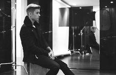 His hair tho, HE IA AO BEAUTIFUL