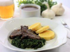 Hovězí na česneku s bramborovým knedlíkem a špenátem Beef, Food, Meat, Essen, Meals, Yemek, Eten, Steak