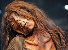 Face of a woman mummy from Peru
