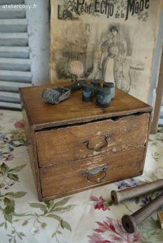 Brocante, déco brocante, ancienne boîte de mercerie