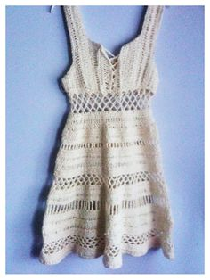so pretty. beach dress. [free crochet pattern]