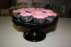 Trick Cupcakes! (Mini Meatloaves topped with pink tinted mashed potatoes)