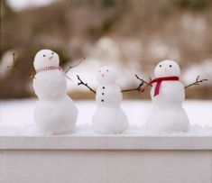 Tiny Snowmen in Window Box