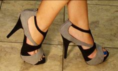 Black and brown straps #shoes