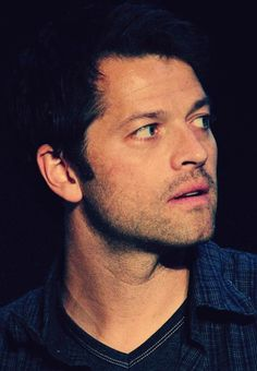 Ugh Misha and his gorgeous face.