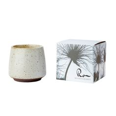 Duftlys - Ro - Sea salt  Coconut - Hvit Sea Salt, Candle Holders, Coconut, Candles, Lights, Porta Velas, Candy, Candle Sticks, Lighting