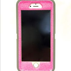 """Selling this """"iPhone 6 plus Otterbox defender glitter case"""" in my Poshmark closet! My username is: naughtywoman. #shopmycloset #poshmark #fashion #shopping #style #forsale #OtterBox #Accessories"""