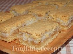 Kokosovo - jablkové pité Sweet Desserts, Sweet Recipes, Lidl, Apple Pie, Baking Recipes, Ham, Food And Drink, Coconut, Sweets