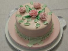 Cake decorated by my Turkish friend for her Wilton Course.  She did a really good job.