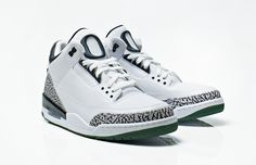 cheap for discount 5f22d fcb71 Oregon Ducks x Air Jordan III   IV  For the University of Oregon, the  benefits for being Phil Knight s favorite college and Alma mater