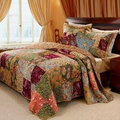 French Country Patchwork Cotton Bedspread Set Oversized  Gorgeous floral patchwork bedding, bedspread that go to the floor, very large #bedspread king oversized #bedspreads country style