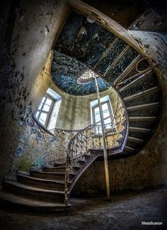 palace kopice - Google Search Abandoned Asylums, Abandoned Buildings, Abandoned Places, Visit Poland, Interior Staircase, Beautiful Ruins, Poland Travel, Amazing Buildings, Stairway To Heaven