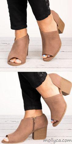 27c23c0d2648 Women Plus Size Wedges Adjustable Buckle Wedge Sandals in 2018
