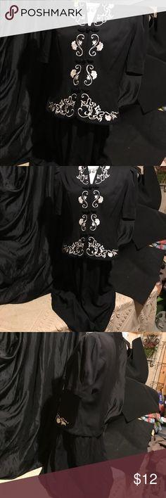 Karen Stevens black embroidered dress Karen Stevens black one piece dress with white embroidery. Size 10 Karen Stevens Dresses