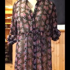 Crinkle chiffon baby doll top Black with multicolored floral bouquet print. Crinkled chiffon. Button down closure. Convertible sleeves. Hardly worn Express Tops