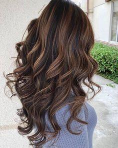 50 Brilliant Wavy Hair Ideas for Contemporary Cuts Haircuts For Wavy Hair, Short Wavy Hair, Wavy Hairstyles, Long Curly, 50 Hair, Hair Dos, Curly Hair Styles, Natural Hair Styles, Shoulder Length Hair