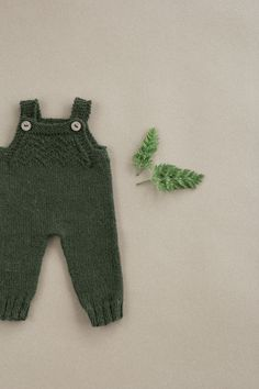 Baby overall,s newborn clothes, baby style, baby fashion, slow fashion, hand knitted baby clothes, winter pants