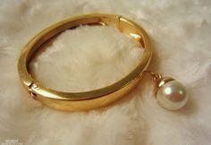 Bebeh`: Love Bracelet