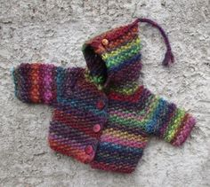 anleitung bunte babyjacke this coloring of the olympia (fb lana grossa) had done me for a long time recently this baby jacket jumped off … Baby Knitting Patterns, Easy Crochet Patterns, Free Knitting, Sewing Patterns, Pull Bebe, Baby Bloomers, Olympia, Baby Cardigan, Baby Kind