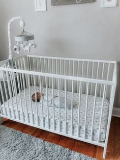 How I slept successfully I trained my 5 month old baby in 2 days – Simply mom – Baby Development Tips 5 Month Old Sleep, 7 Month Old Baby, 5 Month Old Schedule, Sleep Schedule, Sleep Training Methods, 5 Month Olds, Healthy Sleep, Sleep Sacks, Baby Development