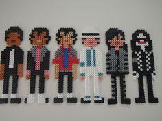 Michael Jackson à travers le temps en perles hama : Décorations murales par frogofjapan