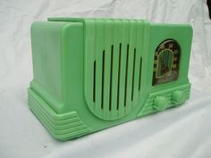 Bakelite & Catalin | Vintage Wireless Radio