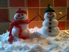 Snowmen for the Christmas cake